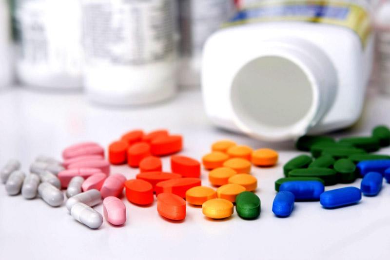 Salmeterol tương tác với những thuốc nào?