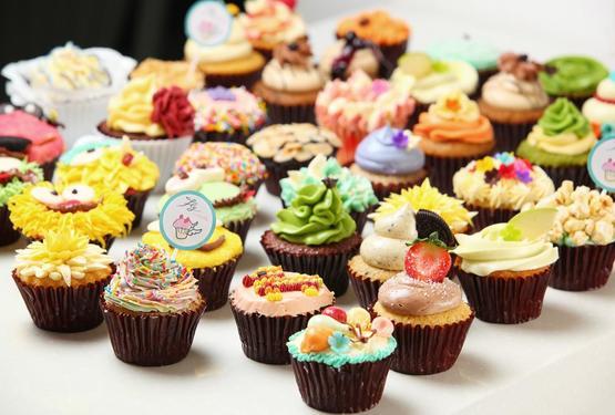 Sau sinh có được ăn bánh ngọt không là thắc mắc của nhiều bà mẹ