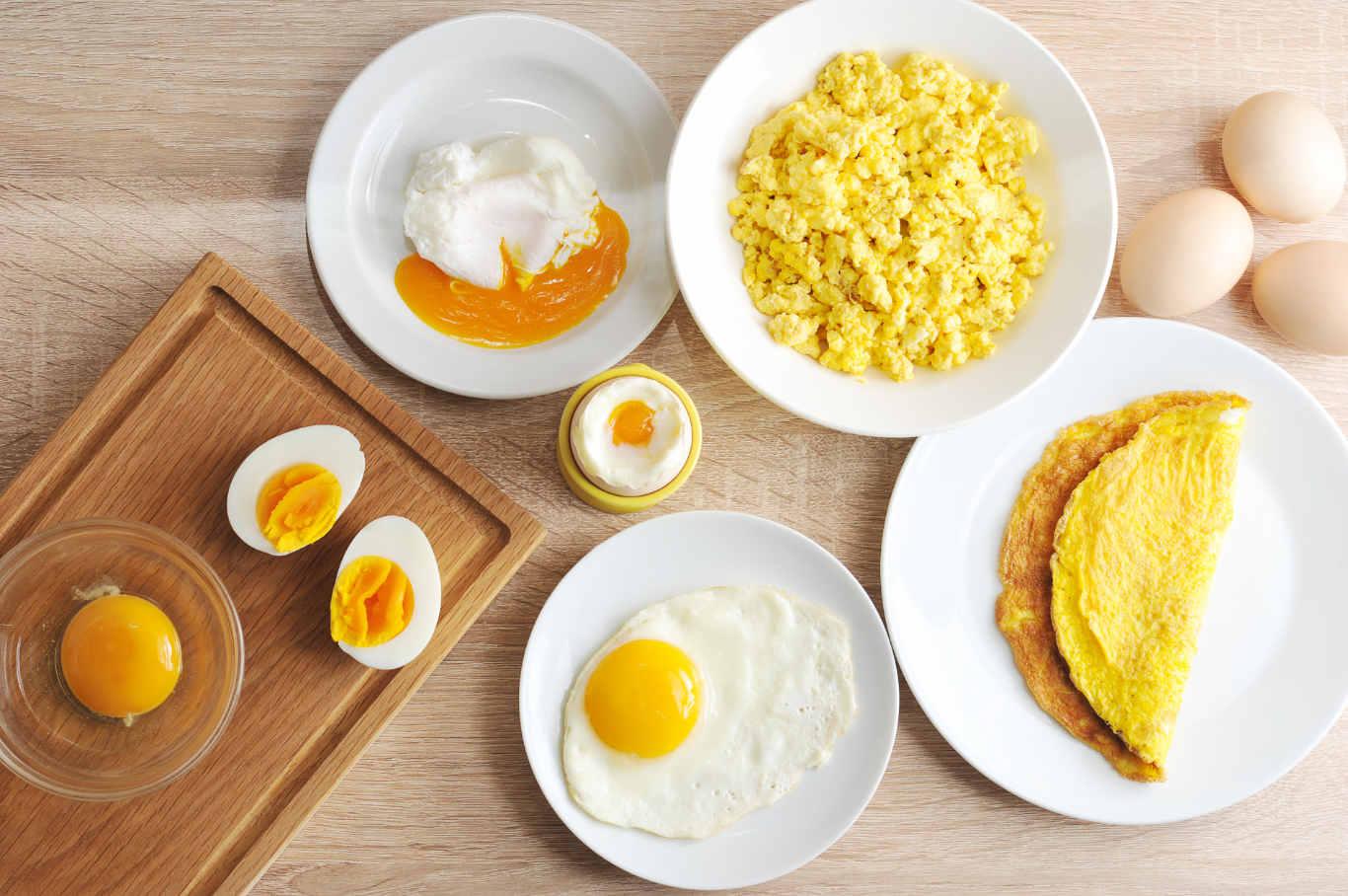 Sau sinh có nên ăn trứng gà