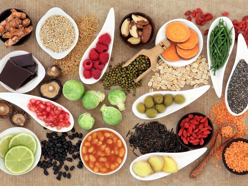 Sau sinh nên ăn gì: Chọn thực phẩm chứa protein, carb, chất béo, vitamin, khoáng chất,...