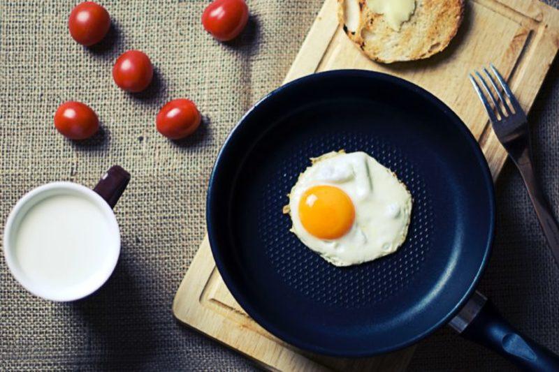 Sau sinh nên ăn trứngSau sinh nên ăn trứng