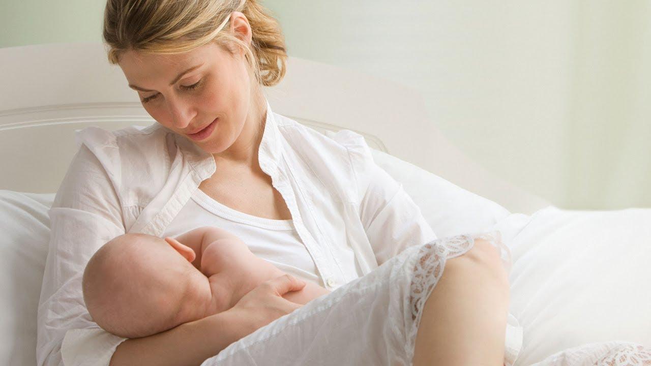 Sau sinh nên dùng kem dưỡng loại nào là thắc mắc của nhiều bà mẹ