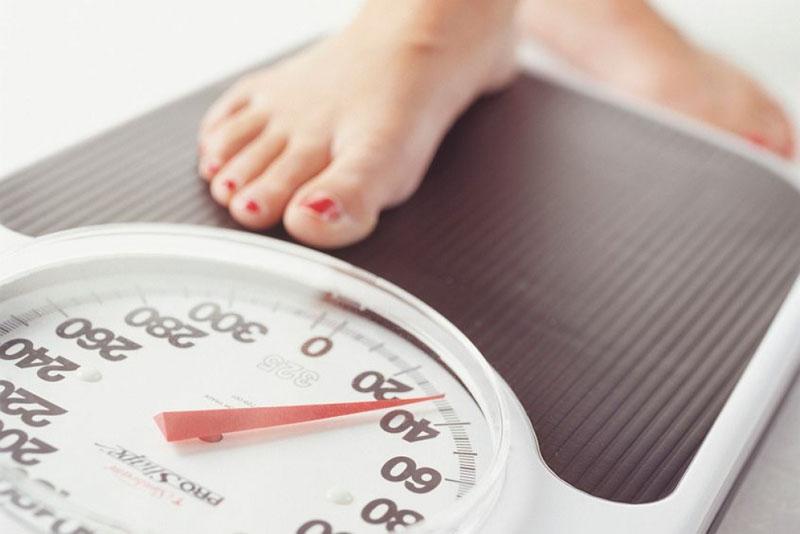 Tacrine có thể khiến người bệnh rơi vào tình trạng sút cân không kiểm soát