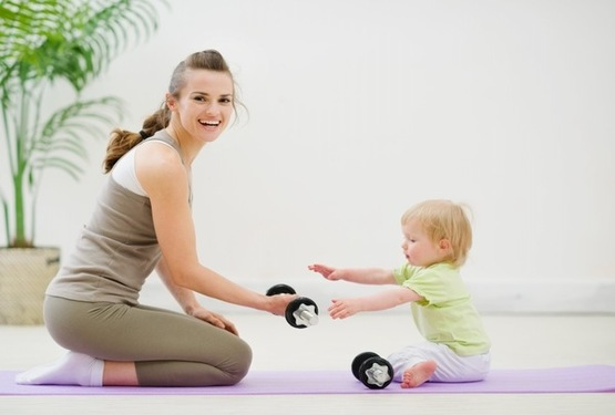 Tập thể dục giúp giảm cân sau sinh