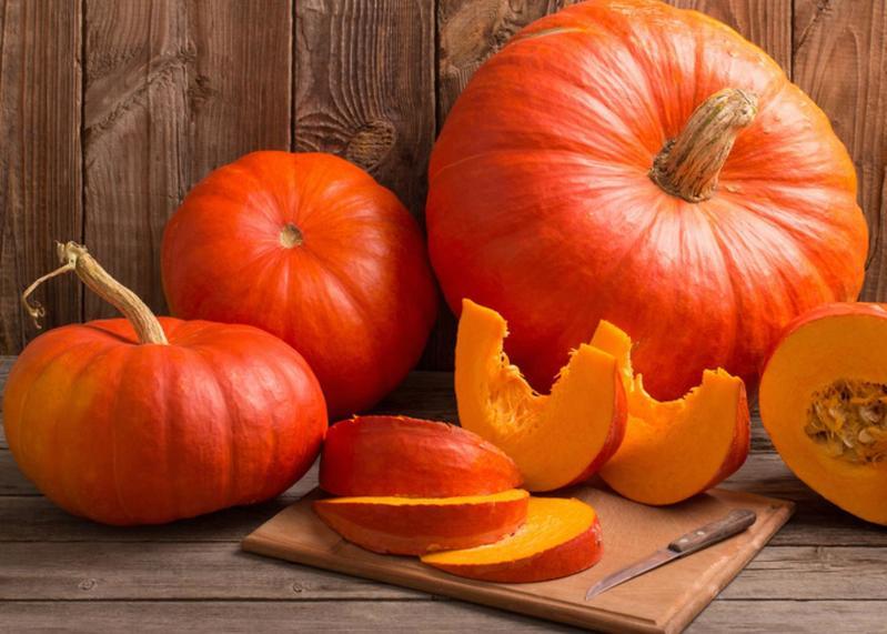 Bí đỏ chứa nhiều dinh dưỡng tốt cho sBí đỏ chứa nhiều dinh dưỡng tốt cho sức khỏeức khỏe