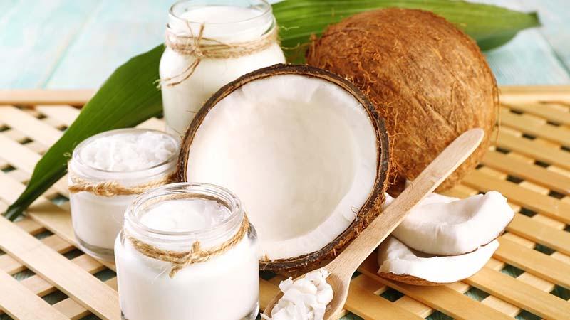 Mặt nạ dầu dừa sữa chua giúp giảm tế bào chết