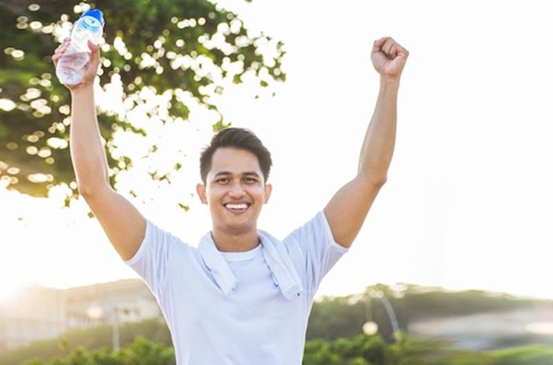 Nam giới nên giữ cho mình tâm trạng vui vẻ, thoải mái để hạn chế các bệnh lý