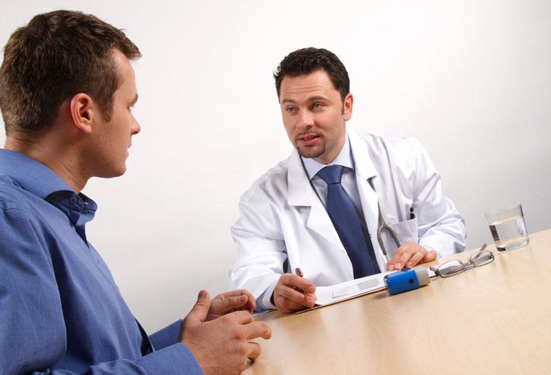 Nên tham khảo ý kiến bác sĩ khi dùng thuốc để đảm bảo an toàn