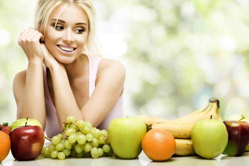Phụ nữ sau sinh mổ nên ăn hoa quả gì