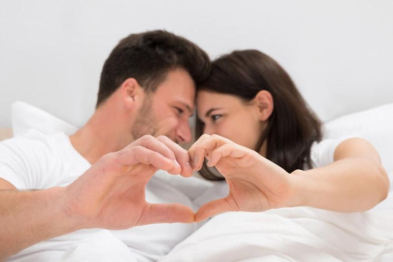 Quan hệ an toàn để hạn chế các bệnh lây nhiễm qua đường tình dục