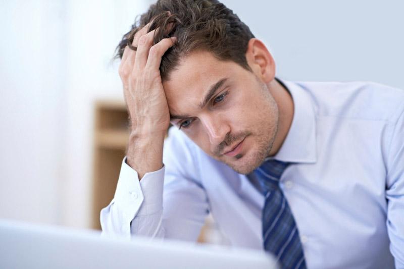 Tâm lý bất ổn dễ khiến nam giới mất đi khả năng kiểm soát chức năng sinh lý của mình