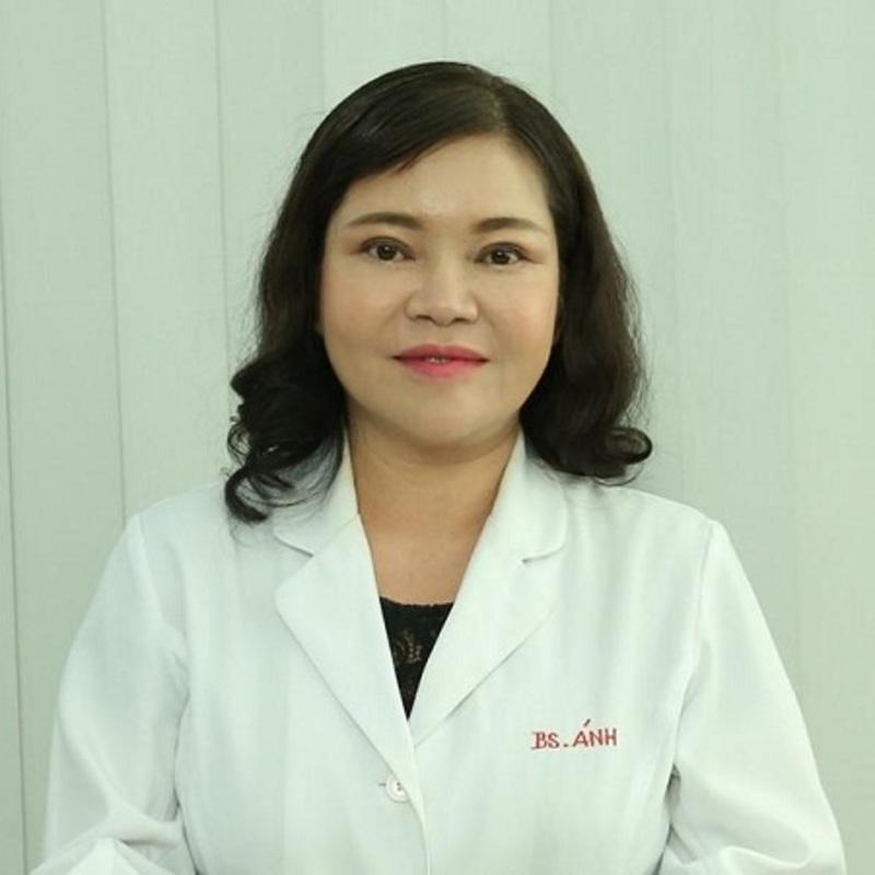 Bác sĩ Trần Ngọc Ánh