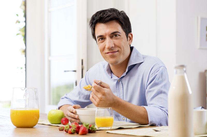 Chế độ dinh dưỡng ảnh hưởng như thế nào đến sinh lý nam?