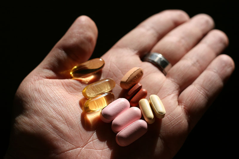 Hạn chế sử dụng thuốc Tây y trong thời gian uống rượu thuốc