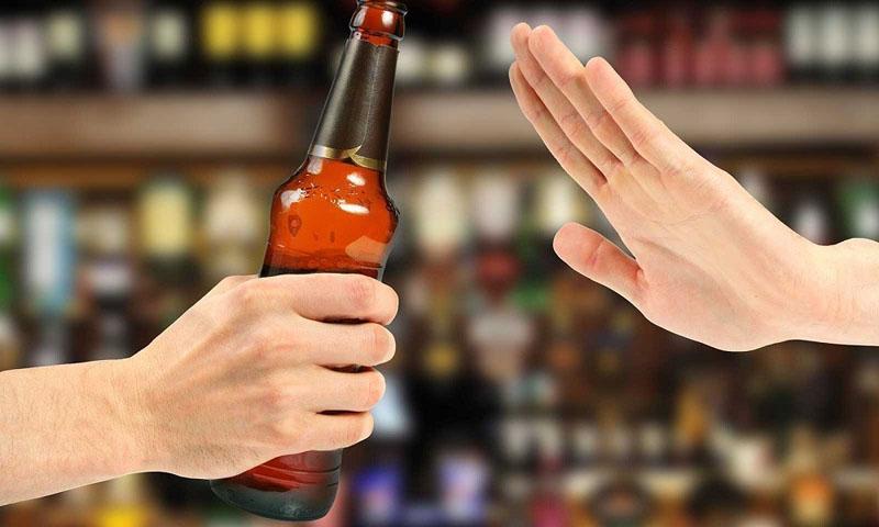 Không sử dụng rượu bia trong thời gian dùng thuốc để hạn chế các rủi ro