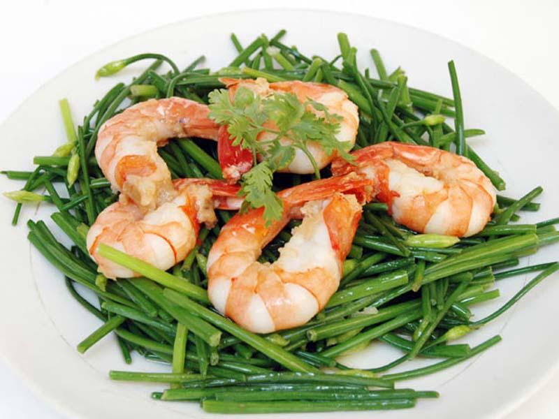 Liệt dương nên ăn gì: Ăn tôm giúp cải thiện tình trạng