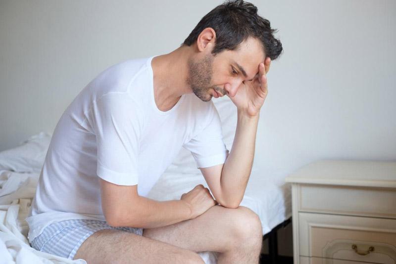 Nam giới cần lưu ý gì khi điều trị rối loạn cương dương tại nhà?