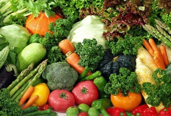 Sau sinh 2 tháng nên ăn gì: Nên ăn nhiều rau xanh