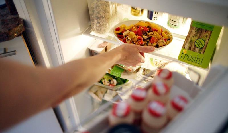 Sau sinh bao lâu thì được ăn đồ lạnh?