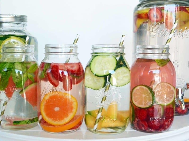 Uống nước detox sau sinhUống nước detox sau sinh