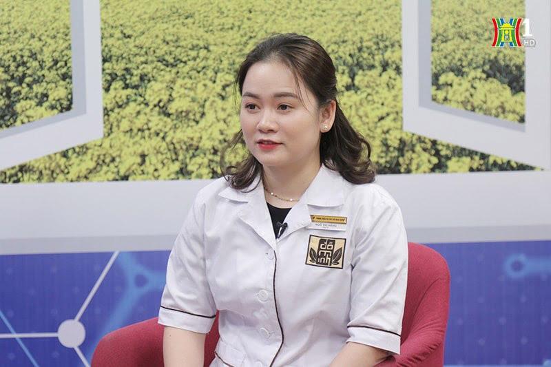 Bác sĩ Hằng xuất hiện trong chương trình với vai trò cố vấn y khoa
