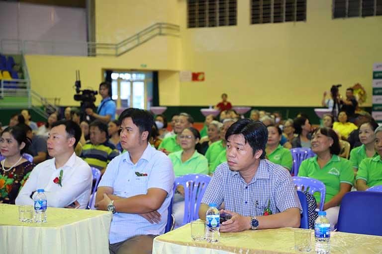 Đại diện các ban ngành đoàn thể tham dự lễ kỷ niệm