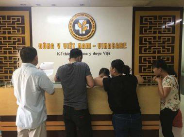 Trung tâm Đông y Việt Nam khám chữa viêm amidan hết bao nhiêu?