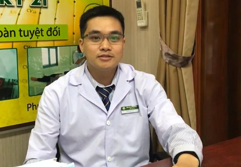 Chân dung bác sĩ Bùi Thanh Tùng thuốc dân tộc 145 Hoa Lan